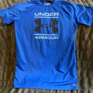 Under Armour boys size xl shirt